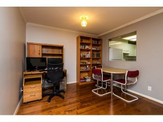 """Photo 10: 212 2357 WHYTE Avenue in Port Coquitlam: Central Pt Coquitlam Condo for sale in """"RIVERSIDE PLACE"""" : MLS®# R2043083"""