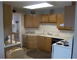 """Photo 5: 2 11502 BURNETT Street in Maple_Ridge: East Central Townhouse for sale in """"TELOSKY VILLAGE"""" (Maple Ridge)  : MLS®# V664568"""