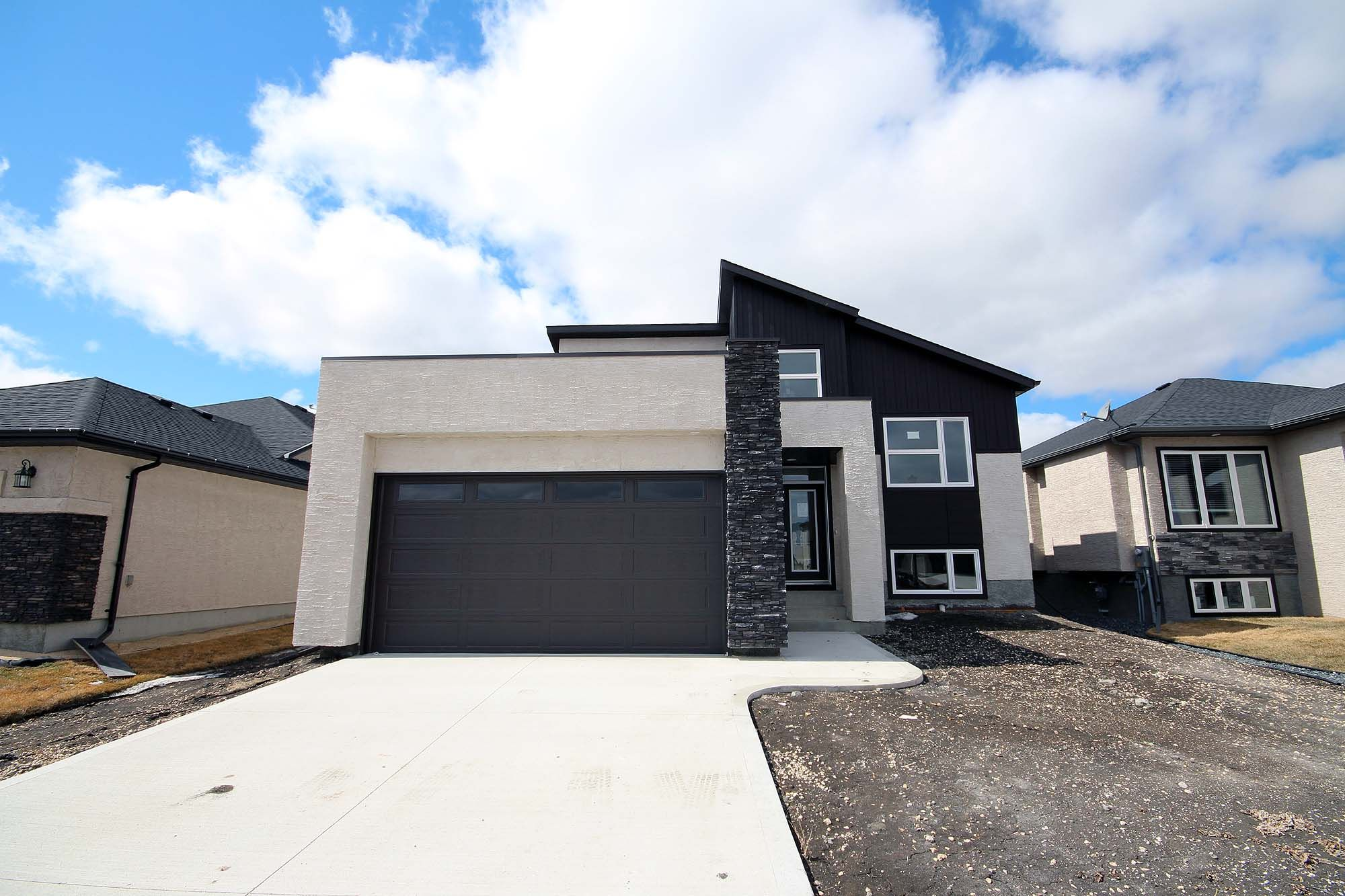 Main Photo: 48 Falcon Cove in St Adolphe: Tourond Creek Residential for sale (R07)  : MLS®# 202010755