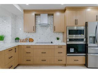 """Photo 5: 8151 FOREST GROVE Drive in Burnaby: Forest Hills BN Townhouse for sale in """"WEMBLEY ESTATES"""" (Burnaby North)  : MLS®# R2618074"""
