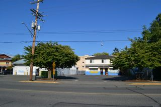 Photo 4: 5869 York Rd in : Du East Duncan Mixed Use for sale (Duncan)  : MLS®# 884778