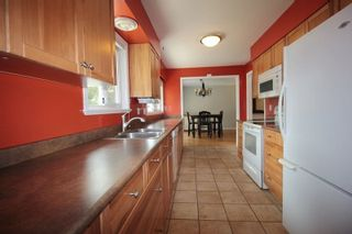 """Photo 5: 3637 202A Street in Langley: Brookswood Langley House for sale in """"Brookswood"""" : MLS®# R2260074"""