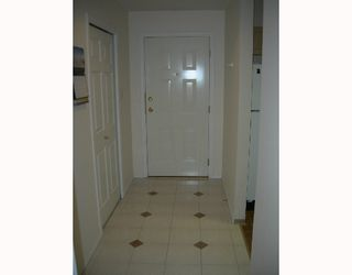 """Photo 9: 405 6735 STATION HILL Court in Burnaby: South Slope Condo for sale in """"THE COURTYARDS"""" (Burnaby South)  : MLS®# V649343"""