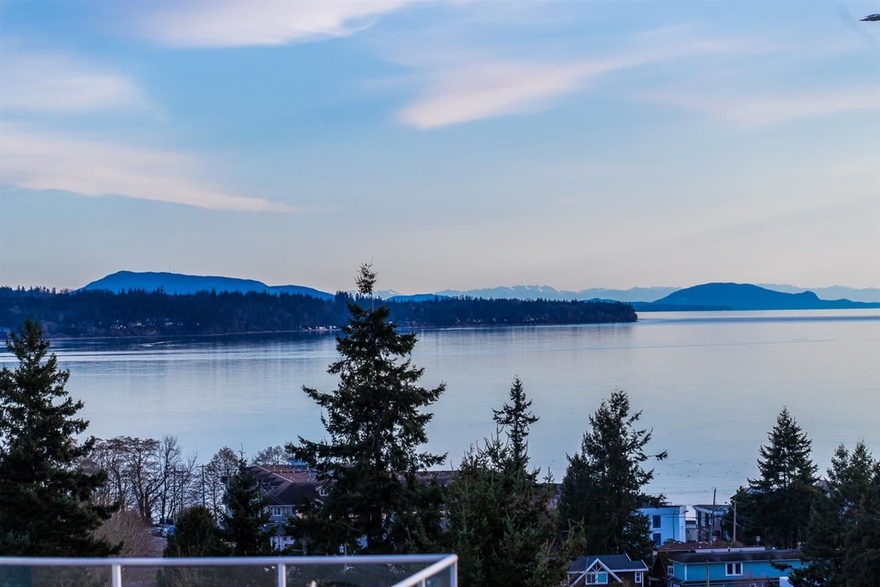 "Main Photo: 15652 SEMIAHMOO Avenue: White Rock House for sale in ""White Rock"" (South Surrey White Rock)  : MLS®# R2564627"