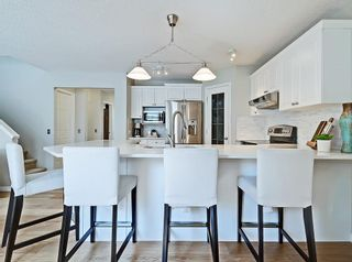 Photo 4: 53 INVERNESS Rise SE in Calgary: McKenzie Towne Detached for sale : MLS®# C4264028