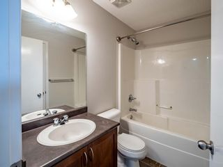 Photo 11: 326 Elgin Place SE in Calgary: McKenzie Towne Semi Detached for sale : MLS®# A1136926