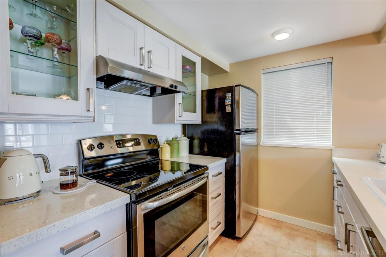 """Photo 7: Photos: 4 973 W 7TH Avenue in Vancouver: Fairview VW Condo for sale in """"SEAWINDS"""" (Vancouver West)  : MLS®# R2273280"""