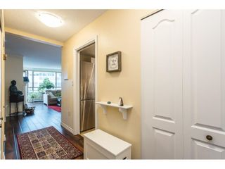 """Photo 19: 502 15111 RUSSELL Avenue: White Rock Condo for sale in """"Pacific Terrace"""" (South Surrey White Rock)  : MLS®# R2597995"""