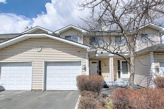 Main Photo: 230 Hawkstone Manor NW in Calgary: Hawkwood Row/Townhouse for sale : MLS®# A1103493