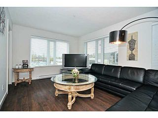 Photo 6: # 306 1673 LLOYD AV in North Vancouver: Pemberton NV Condo for sale : MLS®# V1001933