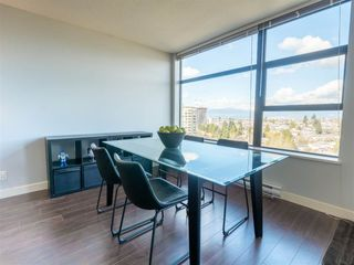 Photo 5: 1708 5380 OBEN STREET in Vancouver: Collingwood VE Condo for sale (Vancouver East)  : MLS®# R2445259