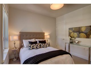 "Photo 8: 300 2432 HAYWOOD Avenue in West Vancouver: Dundarave Condo for sale in ""THE HAYWOOD"" : MLS®# V1110877"