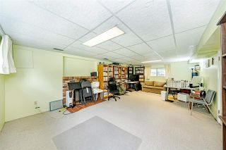 """Photo 21: 1770 BOWMAN Avenue in Coquitlam: Harbour Place House for sale in """"Harbour Chines/ Chineside"""" : MLS®# R2575403"""