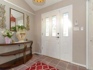 Photo 10: 1560 Beaconsfield Cres in COMOX: CV Comox (Town of) House for sale (Comox Valley)  : MLS®# 755491