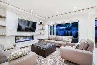 Photo 5: 5030 HARDWICK Street in Burnaby: Greentree Village House for sale (Burnaby South)  : MLS®# R2387670