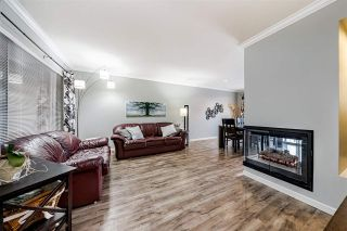 "Photo 5: 62 2990 PANORAMA Drive in Coquitlam: Westwood Plateau Townhouse for sale in ""WESTBROOK VILLAGE"" : MLS®# R2540121"