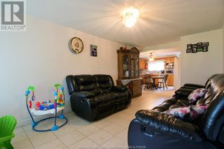 Photo 3: 19 WESTMORELAND in Leamington: House for sale : MLS®# 21019907