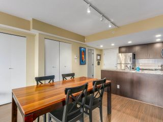 Photo 7: 708 200 KEARY STREET in New Westminster: Sapperton Condo for sale : MLS®# R2284751
