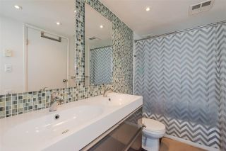 """Photo 12: 2804 438 SEYMOUR Street in Vancouver: Downtown VW Condo for sale in """"CONFERENCE PLAZA"""" (Vancouver West)  : MLS®# R2317789"""