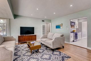 Photo 6: SAN DIEGO House for sale : 3 bedrooms : 3927 Loma Alta