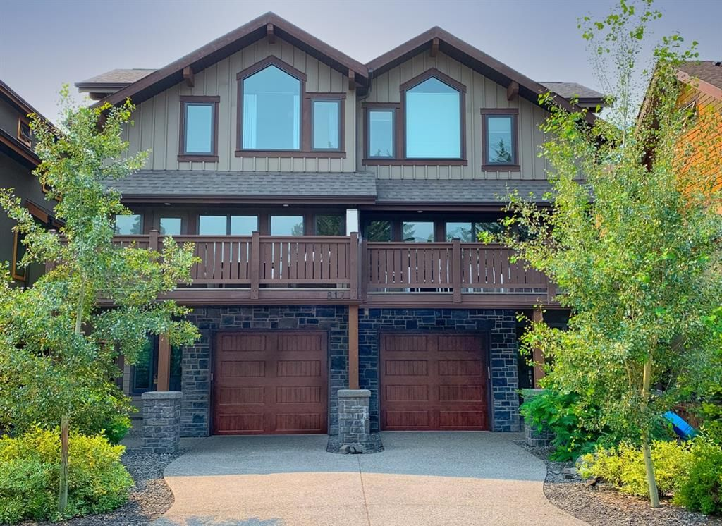 Main Photo: 1 817 4 Street: Canmore Row/Townhouse for sale : MLS®# A1130385