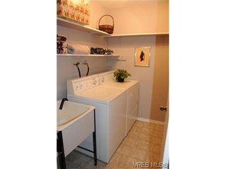 Photo 8: 424 W Burnside Rd in VICTORIA: SW Tillicum Condo for sale (Saanich West)  : MLS®# 557557