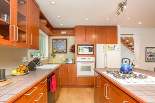 """Photo 14: 967 HERITAGE Boulevard in North Vancouver: Seymour NV Townhouse for sale in """"HERITAGE IN THE WOODS"""" : MLS®# R2488436"""