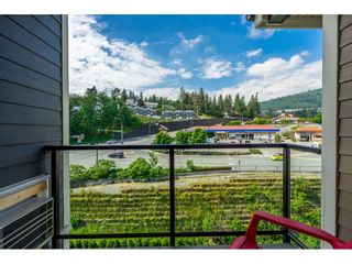 """Photo 18: 410 2242 WHATCOM Road in Abbotsford: Abbotsford East Condo for sale in """"~The Waterleaf~"""" : MLS®# R2372629"""