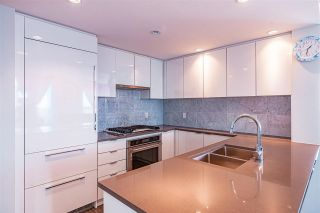 """Photo 14: 3906 5883 BARKER Avenue in Burnaby: Metrotown Condo for sale in """"ALDYNE ON THE PARK"""" (Burnaby South)  : MLS®# R2579935"""