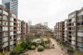 """Photo 14: 513 950 DRAKE Street in Vancouver: Downtown VW Condo for sale in """"ANCHOR POINT"""" (Vancouver West)  : MLS®# R2557103"""