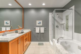 """Photo 19: 14 5300 ADMIRAL Way in Delta: Neilsen Grove Townhouse for sale in """"WOODWARD LANDING"""" (Ladner)  : MLS®# R2506047"""