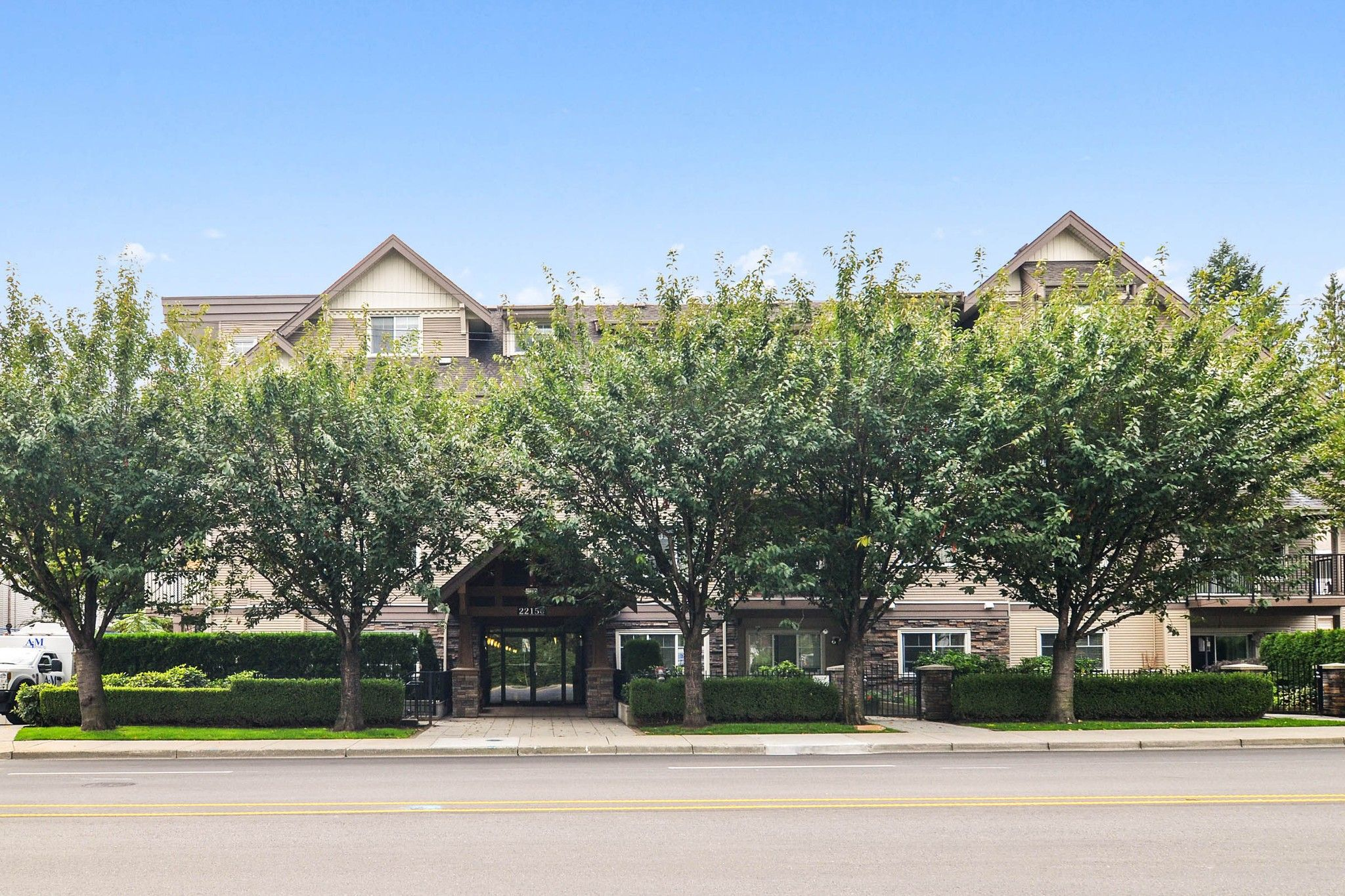"Main Photo: 109 22150 DEWDNEY TRUNK Road in Maple Ridge: West Central Condo for sale in ""Falcon Manor"" : MLS®# R2619650"