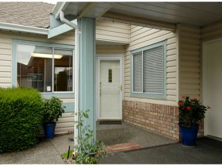 """Photo 1: # 80 5550 LANGLEY BYPASS RD in Langley: Langley City Townhouse for sale in """"Riverwynde"""" : MLS®# F1314556"""