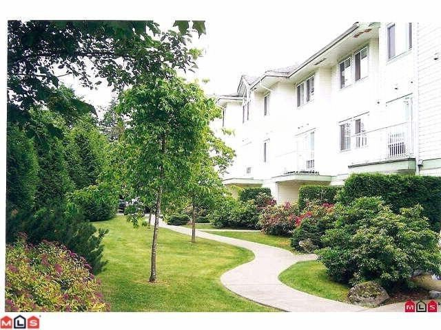 Main Photo: 102 1275 SCOTT Drive in Hope: Hope Center Condo for sale : MLS®# H1201341
