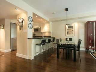 """Photo 13: 203 1477 FOUNTAIN Way in Vancouver: False Creek Condo for sale in """"FOUNTAIN TERRACE"""" (Vancouver West)  : MLS®# V1142594"""