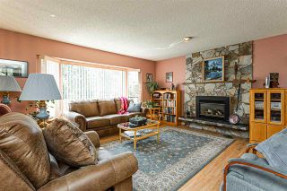 Photo 3: 14267 71 Avenue in Surrey: East Newton House for sale : MLS®# R2476560