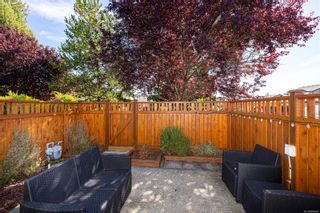 Photo 5: 54 2070 Amelia Ave in : Si Sidney North-East Row/Townhouse for sale (Sidney)  : MLS®# 886006
