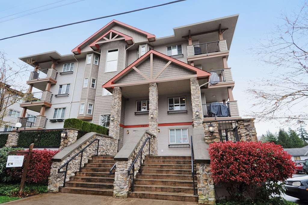 Main Photo: 114 5438 198 STREET in : Langley City Condo for sale : MLS®# R2244192