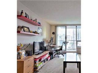 """Photo 12: 1001 1212 HOWE Street in Vancouver: Downtown VW Condo for sale in """"1212 HOWE"""" (Vancouver West)  : MLS®# V1055279"""