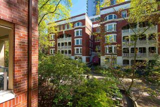 """Photo 13: 210 1230 HARO Street in Vancouver: West End VW Condo for sale in """"1230 HARO"""" (Vancouver West)  : MLS®# R2364139"""