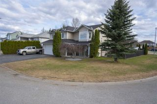 Photo 2: 6702 WESTMOUNT Crescent in Prince George: Lafreniere House for sale (PG City South (Zone 74))  : MLS®# R2453598