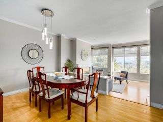 """Photo 6: 7 2979 PANORAMA Drive in Coquitlam: Westwood Plateau Townhouse for sale in """"DEERCREST"""" : MLS®# R2543094"""