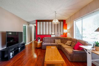 """Photo 3: 4072 202A Street in Langley: Brookswood Langley House for sale in """"Brookswood"""" : MLS®# R2379406"""