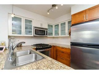 """Photo 8: 803 1 RENAISSANCE Square in New Westminster: Quay Condo for sale in """"THE Q"""" : MLS®# V1070366"""