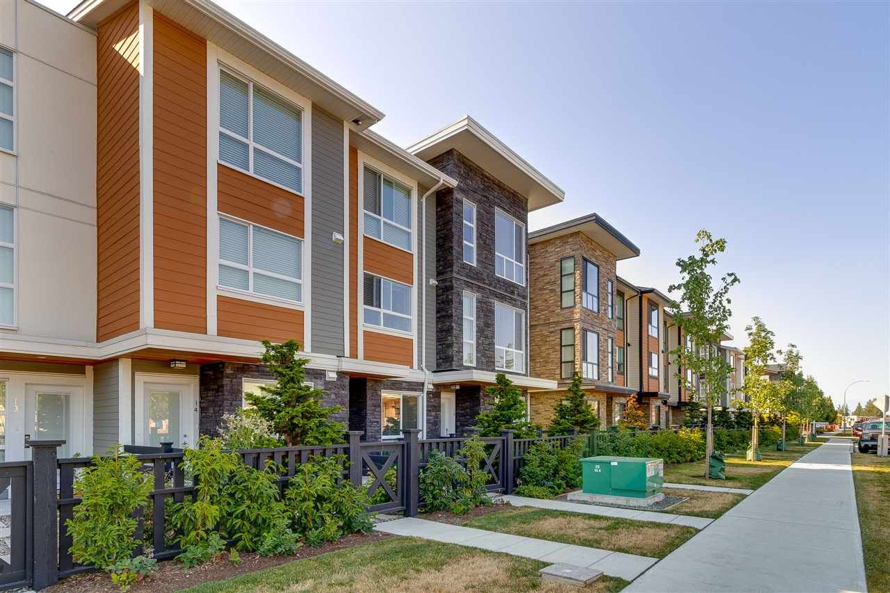 """Main Photo: 15 20857 77A Avenue in Langley: Willoughby Heights Townhouse for sale in """"WEXLEY"""" : MLS®# R2407888"""