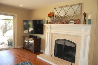 Photo 4: LA MESA House for sale : 4 bedrooms : 6305 Cresthaven Dr