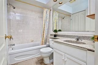 """Photo 17: 257 WATERLEIGH Drive in Vancouver: Marpole Townhouse for sale in """"SPRINGS AT LANGARA"""" (Vancouver West)  : MLS®# R2457587"""