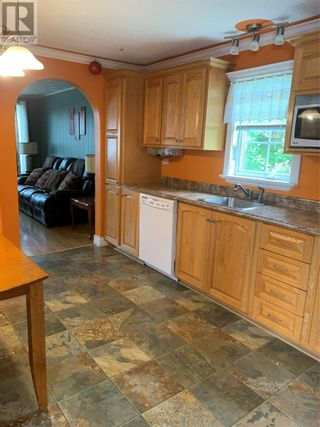 Photo 10: 175 Main Street North Street in Glovertown: House for sale : MLS®# 1233138