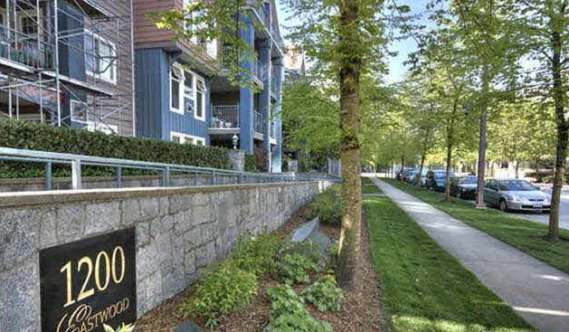 Main Photo: 210 1200 Eastwood Street in Coquitlam: North Coquitlam Condo for sale : MLS®# v907150