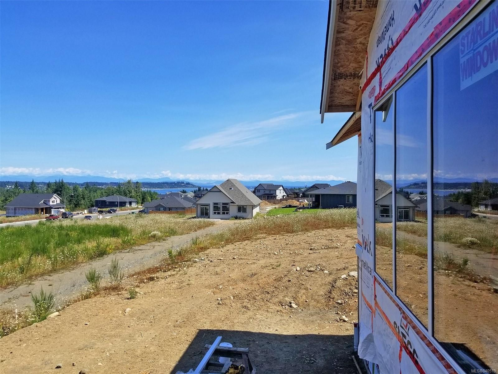 Photo 6: Photos: 3332 Harbourview Blvd in COURTENAY: CV Courtenay City House for sale (Comox Valley)  : MLS®# 840519